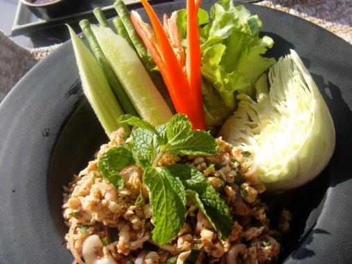 Laarb gai salad